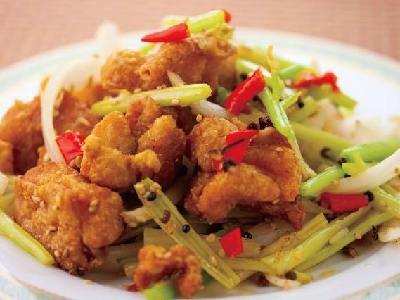 辣子鶏 若鶏の四川辛い しびれ香味炒め ¥499(税込524)