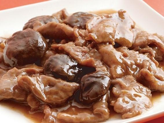 牡蠣油牛肉 牛肉のカキソース炒め ¥499(税込¥524)