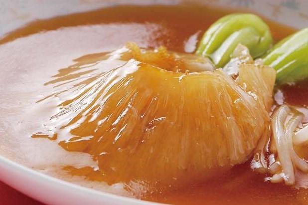 紅焼排翅 フカヒレの姿煮 ¥2,999 (税込3,149)
