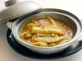 なすと香港干し魚の 炒め鍋 1、365円